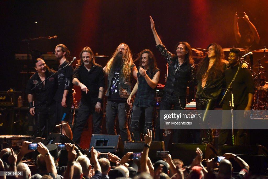 Generation Axe In Concert - Oakland, CA : ニュース写真