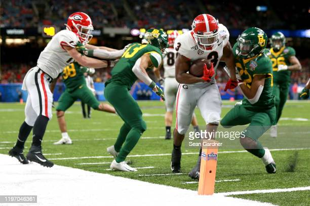 Zamir White of the Georgia Bulldogs scores a touchdown during the Allstate Sugar Bowl against the Baylor Bears at Mercedes Benz Superdome on January...