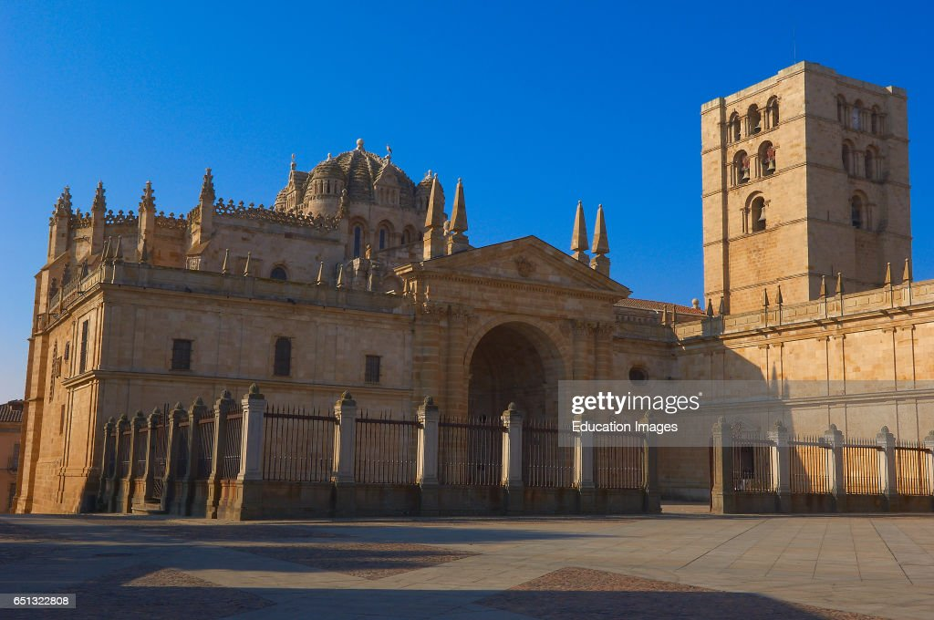 Zamora, Cathedral, Silver Route, Via de la Plata, Castilla-Leon, Spain : News Photo