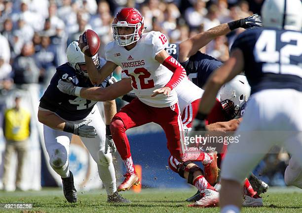 Zander Diamont of the Indiana Hoosiers scrambles in the second half during the game against the Penn State Nittany Lions on October 10 2015 at Beaver...