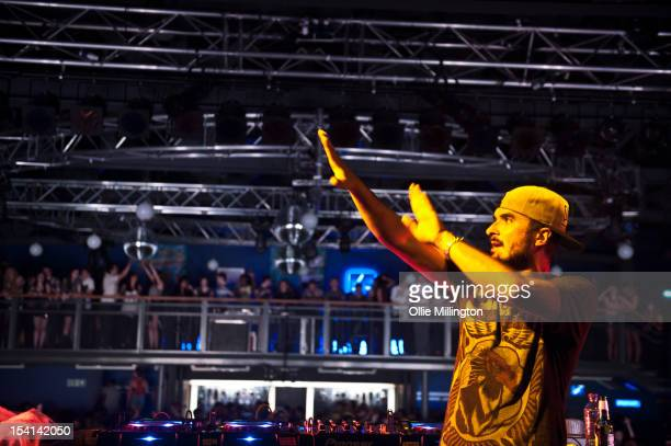 Zane Lowe performs a date of 'The Electrified Tour' on stage during the Fresher's Closing Party at O2 Academy Leicester on October 14, 2012 in...