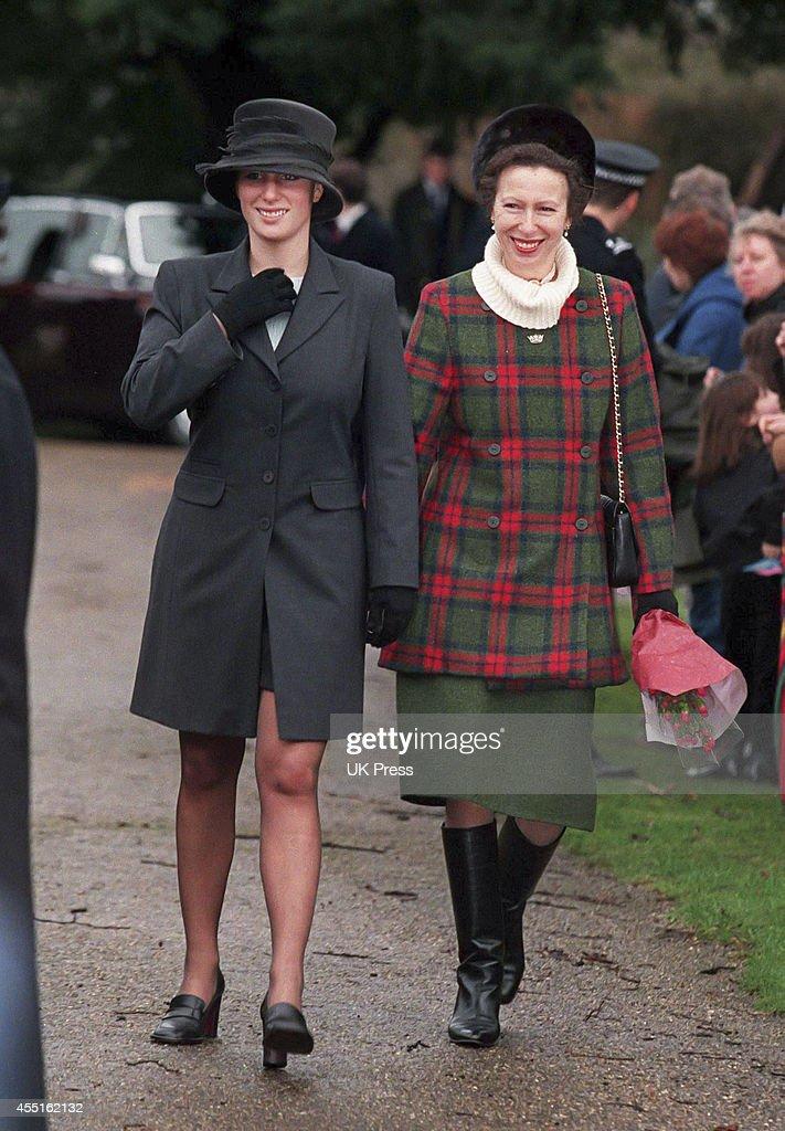 Royals attend Sandringham Church Christmas 1998 : News Photo