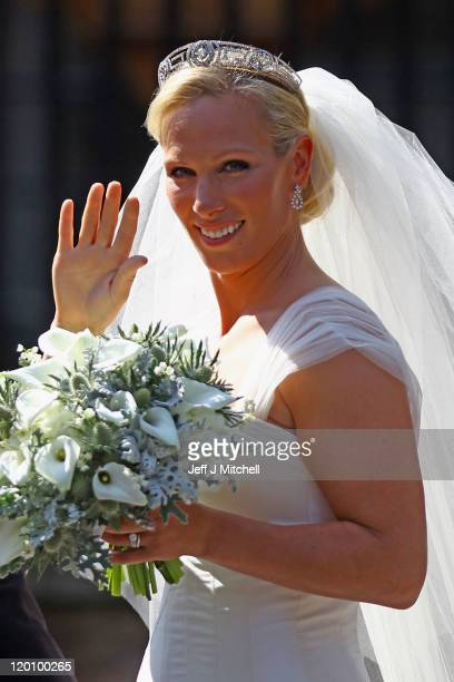 Zara Phillips departs afterher Royal wedding to Mike Tindall at Canongate Kirk on July 30 2011 in Edinburgh Scotland The Queen's granddaughter Zara...