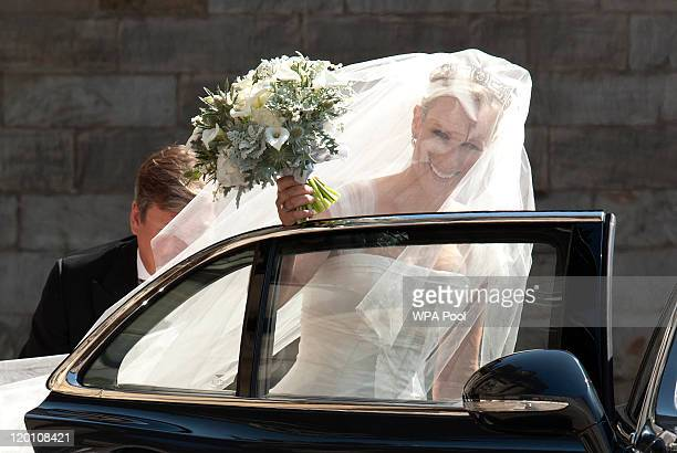 Zara Phillips leaves Holyrood Palace for her Royal wedding to Mike Tindall at Canongate Kirk on July 30, 2011 in Edinburgh, Scotland. The Queen's...