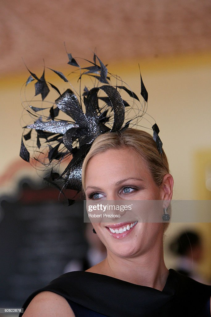 Celebrities Attend Emirates Melbourne Cup Day 2009 : ニュース写真