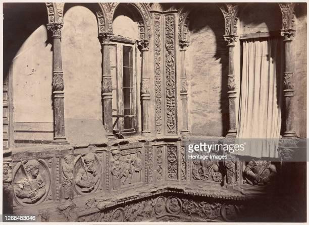 Zaragoza Patio de la Casa Conocida con el Nombre de los Infantes 1860 Artist Charles Clifford