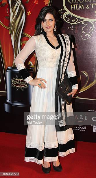 Zarine Khan attends the Balaji Television 'Global Indian Film and Television Honors Awards 2011' ceremony in Mumbai