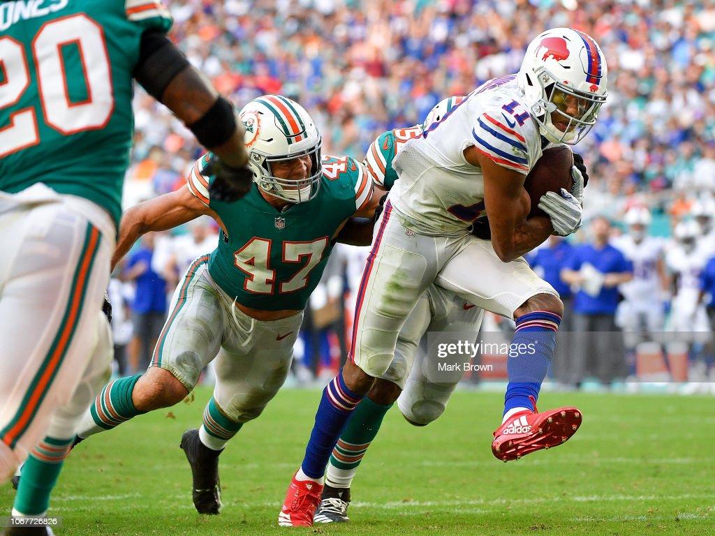 Buffalo Bills v Miami Dolphins : News Photo