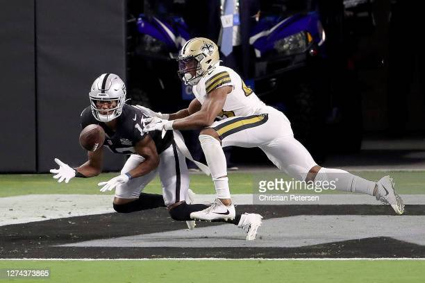 Zay Jones of the Las Vegas Raiders catches a touchdown against the New Orleans Saints at Allegiant Stadium on September 21 2020 in Las Vegas Nevada