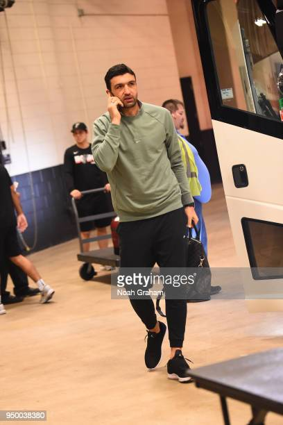 Zaza Pachulia of the Golden State Warriors arrives before the game against the San Antonio Spurs in Game Four of Round One of the 2018 NBA Playoffs...