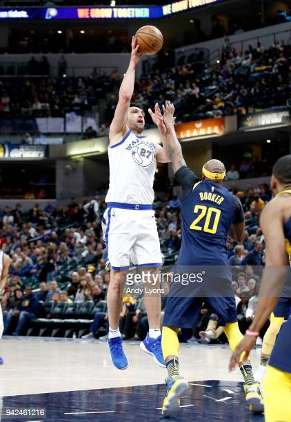 Zaza Pachulia of the Golden State Warrriors shoots the ball against the Indiana Pacers during the game at Bankers Life Fieldhouse on April 5 2018 in...