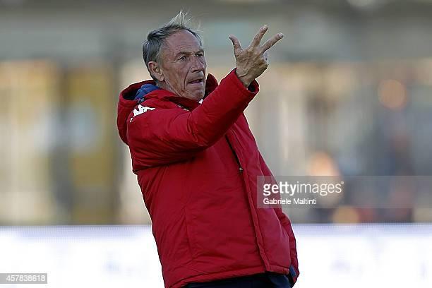 Zdenek Zeman manager of Cagliari Calcio gives instructions during the Serie A match between Empoli FC and Cagliari Calcio at Stadio Carlo Castellani...