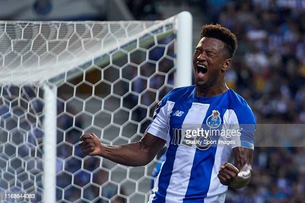 Ze Luis of FC Porto reacts during the Liga NOS match between FC Porto and Vitoria FC at Estadio do Dragao on August 17 2019 in Porto Portugal