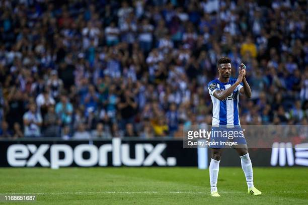 Ze Luis of FC Porto receives an ovation from fans of FC Porto after scored a hattrick during the Liga Nos match between FC Porto and Vitoria FC at...