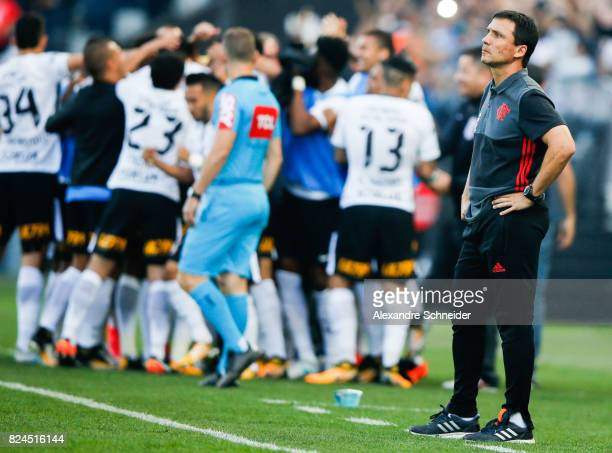 Ze Ricasrdo head coach of Flamengo in action during the match between Corinthians and Flamengo for the Brasileirao Series A 2017 at Arena Corinthians...