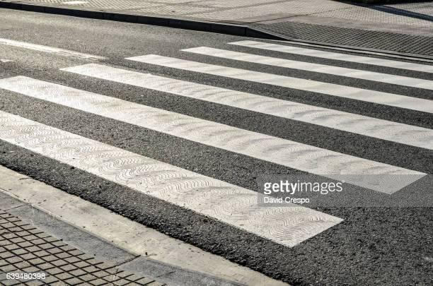 zebra crossing - zebra crossing stock pictures, royalty-free photos & images
