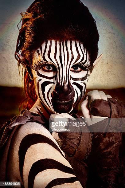 zebra humanoid-femmina - homo erectus foto e immagini stock