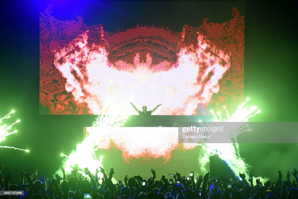 Zedd performs at 2017 Billboard HOT 100 Music Festival at Northwell Health at Jones Beach Theater on August 19, 2017 in Wantagh, New York.
