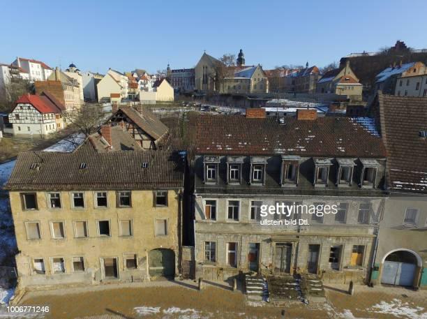 Zeitz Sachsen Anhalt die historische Innenstadt zerfällt Verfall bauhistorisch wertvolle Häuser stehen leer und werdemn abgerissen Eberhard Wirth...