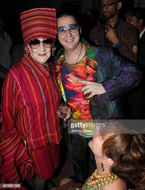 Zelda Kaplan and Noah G Pop attend Project Sunshine's Feel the HEAT of Fashion Art and Music at Nikki Beach on September 22 2009 in New York City