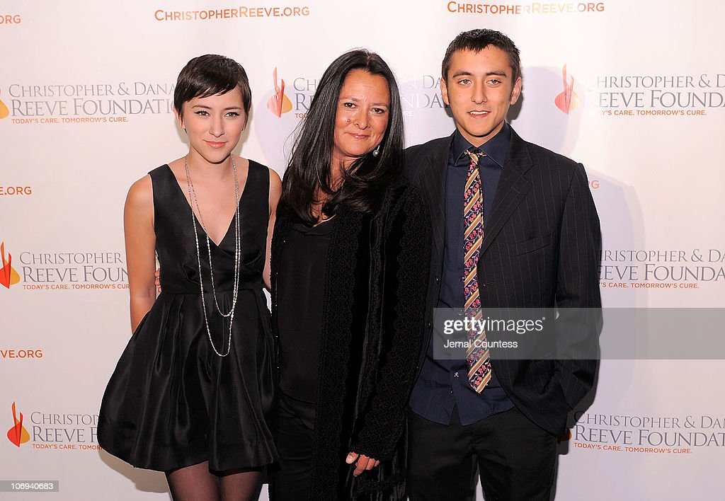 Christopher & Dana Reeve Foundation's A Magical Evening 20th Anniversary Gala Wednesday, November 17, 2010 New York Marriott Marquis - Red Carpet : News Photo