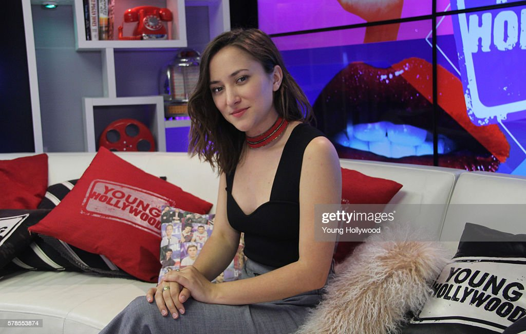 Zelda Williams Visits Young Hollywood Studio