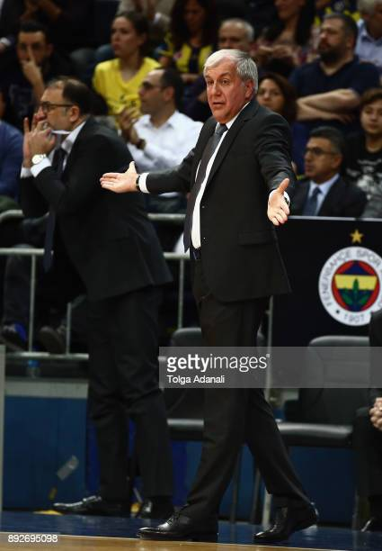 Zeljko Obradovic Head Coach of Fenerbahce Dogus in action during the 2017/2018 Turkish Airlines EuroLeague Regular Season Round 12 game between...