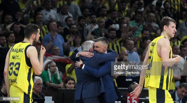 Zeljko Obradovic Head Coach of Fenerbahce Dogus Istanbul and Sarunas Jasikevicius Head Coach of Zalgiris Kaunas at the end of the 2018 Turkish...