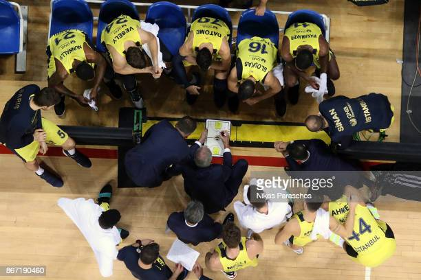 Zeljko Obradovic Head Coach of Fenerbahce Dogus Istanbul gives directions to his players during the 2017/2018 Turkish Airlines EuroLeague Regular...