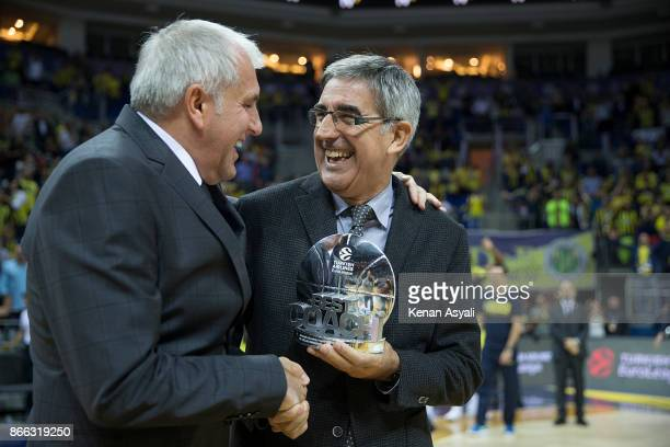 Zeljko Obradovic Head Coach of Fenerbahce Dogus Istanbul receive from Jordi Bertomeu President and CEO of Euroleague Basketball the trophy Best Coach...