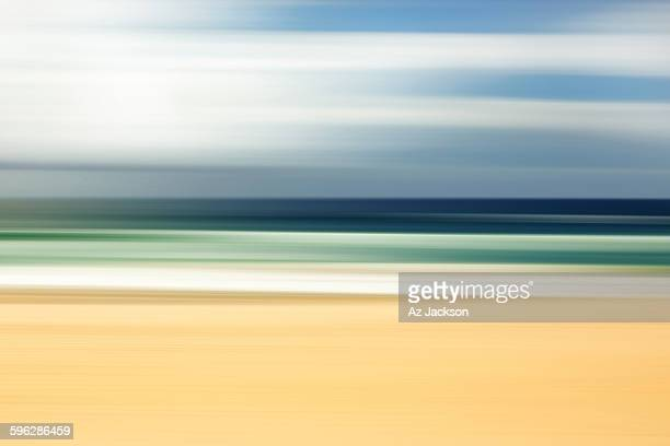 zen beach - meerlandschaft stock-fotos und bilder