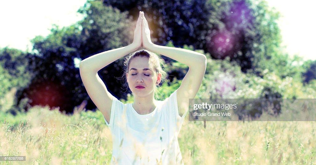 zen beautiful yoga girl for inner retreat, retro contrast tone : Foto de stock