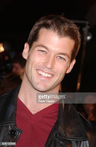 """Zen Gesner arrives at the premiere screening of """"Shallow Hal."""""""