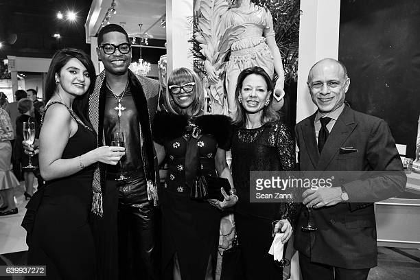 Zena Jawad Cranston A Humphrey Barbara Kendrew Julie Behr and Alan Behr attend 2017 Winter Antiques Show Opening Night Party at Park Avenue Armory on...