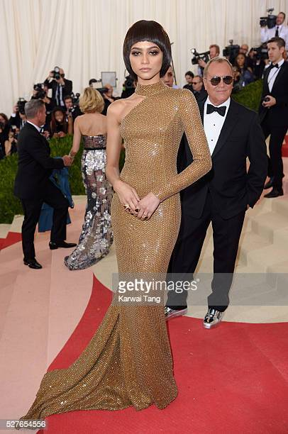 Zendaya arrives for the Manus x Machina Fashion In An Age Of Technology Costume Institute Gala at Metropolitan Museum of Art on May 2 2016 in New...