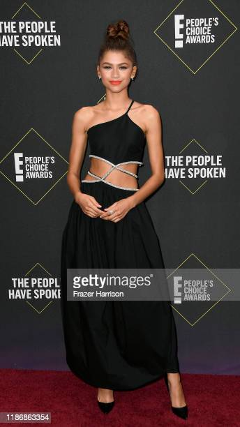 Zendaya attends the 2019 E People's Choice Awards at Barker Hangar on November 10 2019 in Santa Monica California