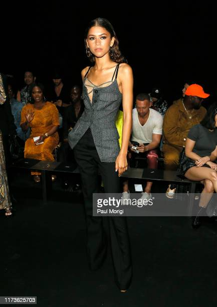 Zendaya attends the Vera Wang front row during New York Fashion Week on September 10, 2019 in New York City.