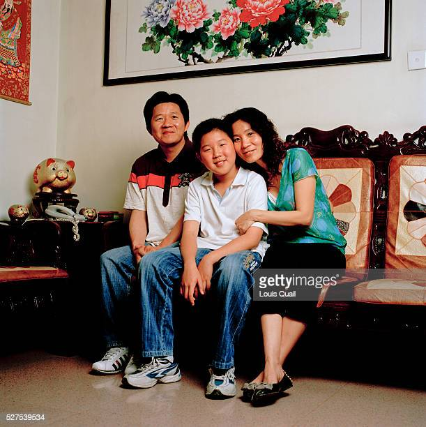 Zeng Shao Lin a housewife and her husband Yang Wei Jun 42 a driver for a Hong Kong company have a son Yang Heng who is 12 and at junior school They...