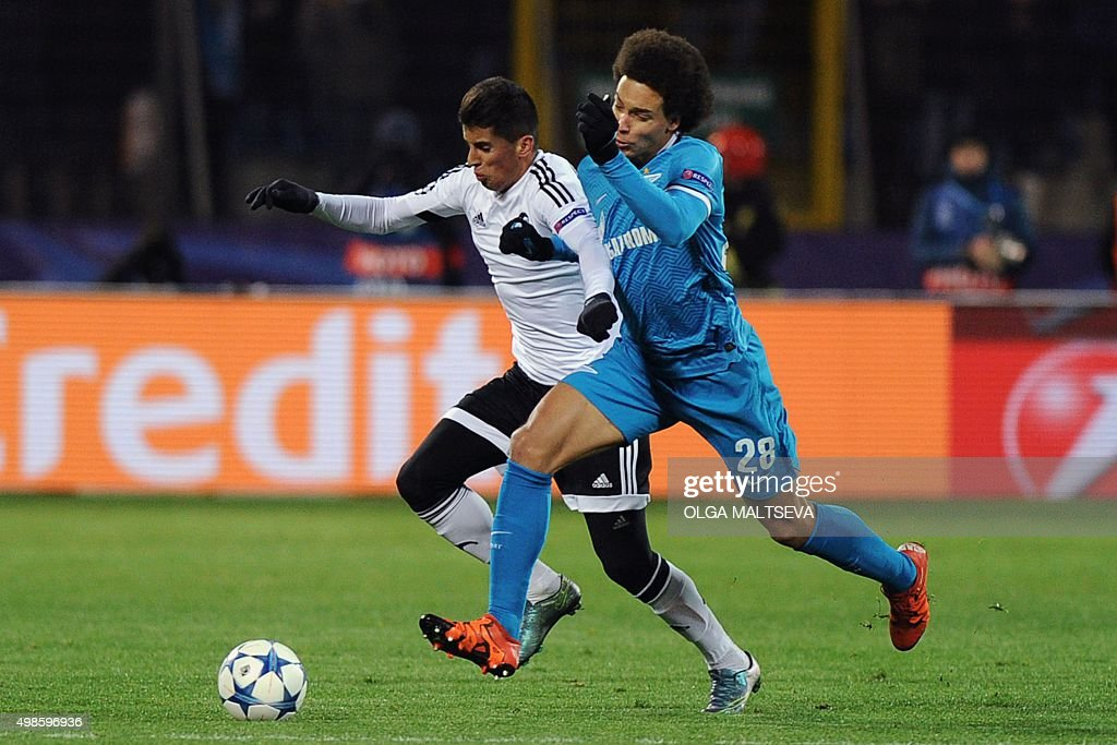 FBL-EUR-C1-ZENIT-VALENCIA : News Photo