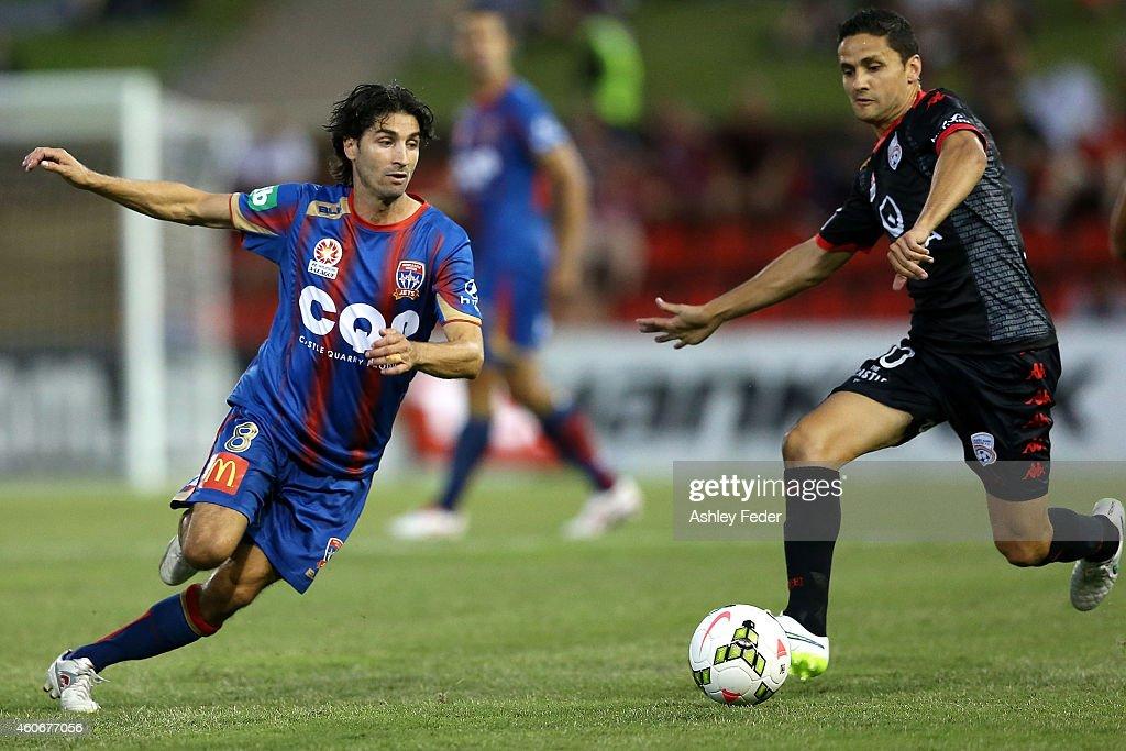 A-League Rd 12 - Newcastle v Adelaide : News Photo