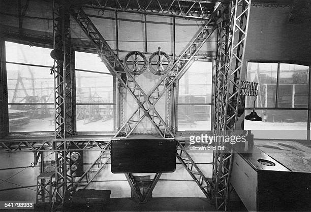 ZeppelinEngine telegraph and chart table at the airship 'Nordstern' 1919Vintage property of ullstein bild