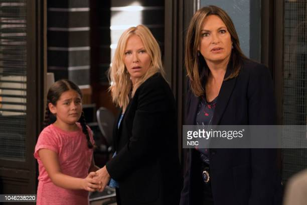 UNIT 'Zero Tolerance' Episode 2002 Pictured Scarlett Daisy Lopez as Gabriela Sosa Kelli Giddish as Detective Amanda Rollins Mariska Hargitay as...