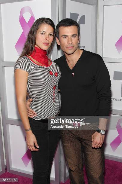 https://media.gettyimages.com/photos/zharick-leon-and-martin-karpan-attend-lazos-de-esperanza-at-telemundo-picture-id83771132?s=612x612