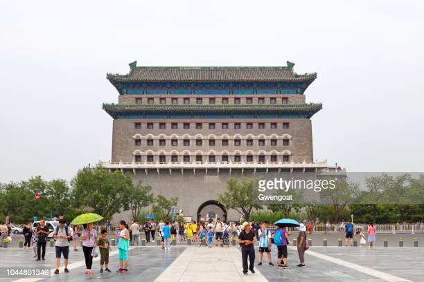 zhengyang gate in peking - gwengoat stockfoto's en -beelden
