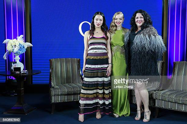 Zhu yi of China actress Amanda Seyfried and artist Ashley Longshore attend the promotional event for Shiseido's Cle de Peau Beaute at Fairmont Peace...