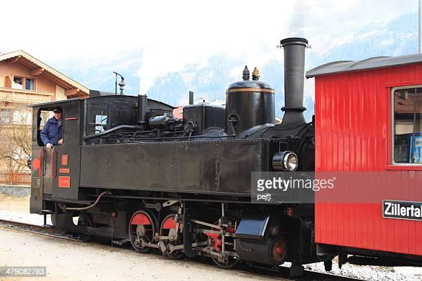 Zillertalbahn, historischer Dampflok auf Zell am Ziller Station
