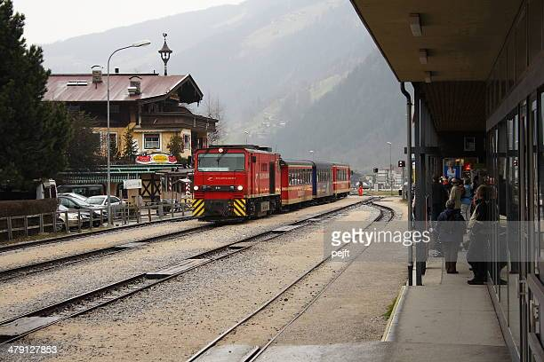 zillertalbahn train arriving at mayrhofen station - pejft stock pictures, royalty-free photos & images