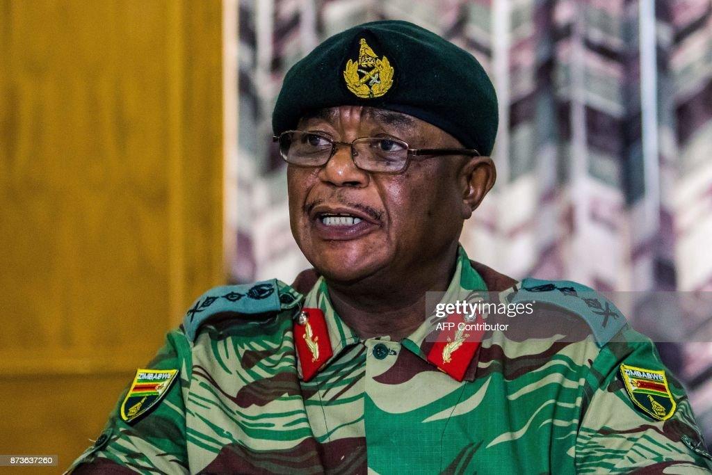 ZIMBABWE-POLITICS-MILITARY : News Photo