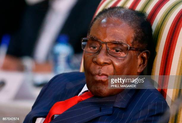 Zimbabwean President Robert Mugabe attends the 2nd Session of the South AfricaZimbabwe binational Commission on October 3 2017 at Sefako Makgatho...