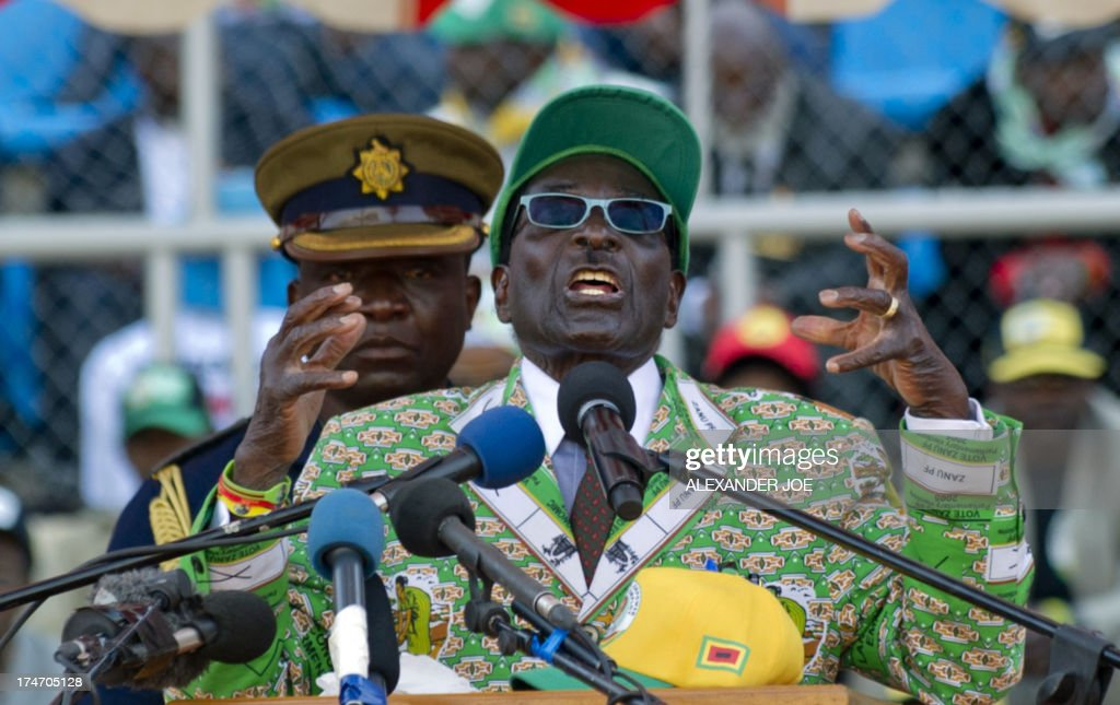 ZIMBABWE-POLITICS-VOTE : News Photo